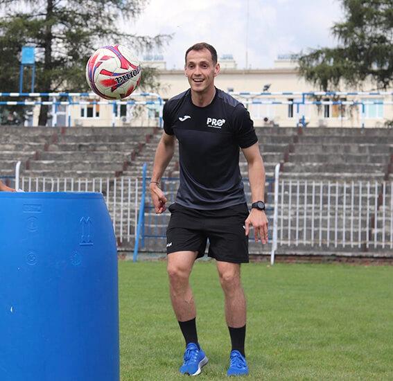 Mateusz Brela - piłka